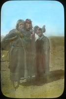 Thumbnail for Hopi family, foot of trail to Mishongovi. 1899: B50